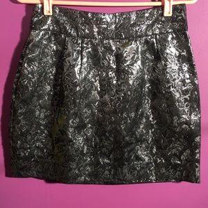 Silence + Noise - short silver flower skirt size 8